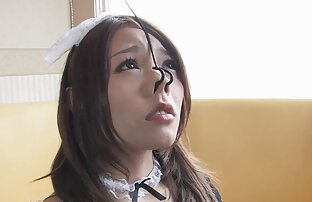 Sexy Maria Ozova ist eine berühmte Schauspielerin kostenlose pornos mit älteren frauen im Dorf.