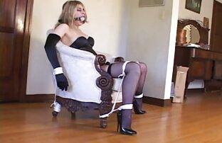 Hot amaturka mit einem reife frauen anal pornos dildo in der webcam