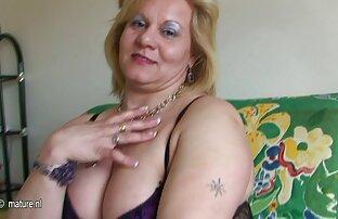 Blondine in zwei Löchern gleichzeitig im Gangbang gefickt zu werden sexfilme mit älteren frauen