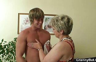 Freche junge pornos mit frauen ab 50 Hure gierige Schwester mit einer Menge von Jungen und erfordern eine Menge blonde