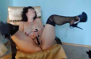 Ein junges Mädchen, lecker und keine Angst vor reife pornos ficken :)