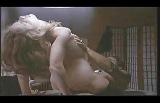Reifen Sie einen Teil in sexfilme von alten frauen verdorbenen Gangbang mit Männern