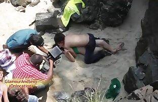 Eine Frau mit einem Mann in verschiedenen Positionen auf sexfilme mit frauen ab 40 Stuhl